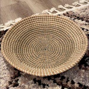 Circular Wicker White And Grey Basket